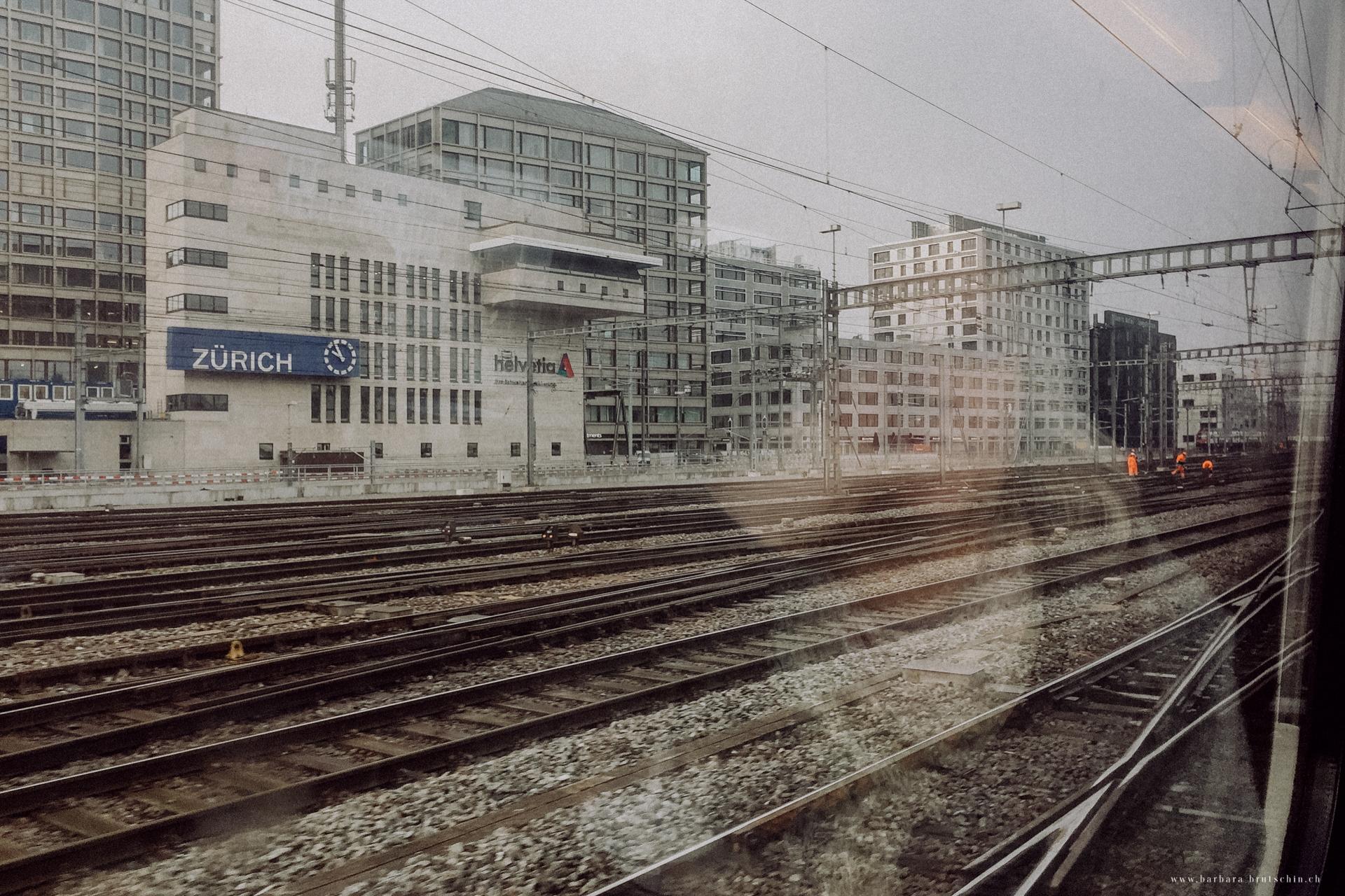 Ein langer Tag geht zu Ende   Zürich Photo18