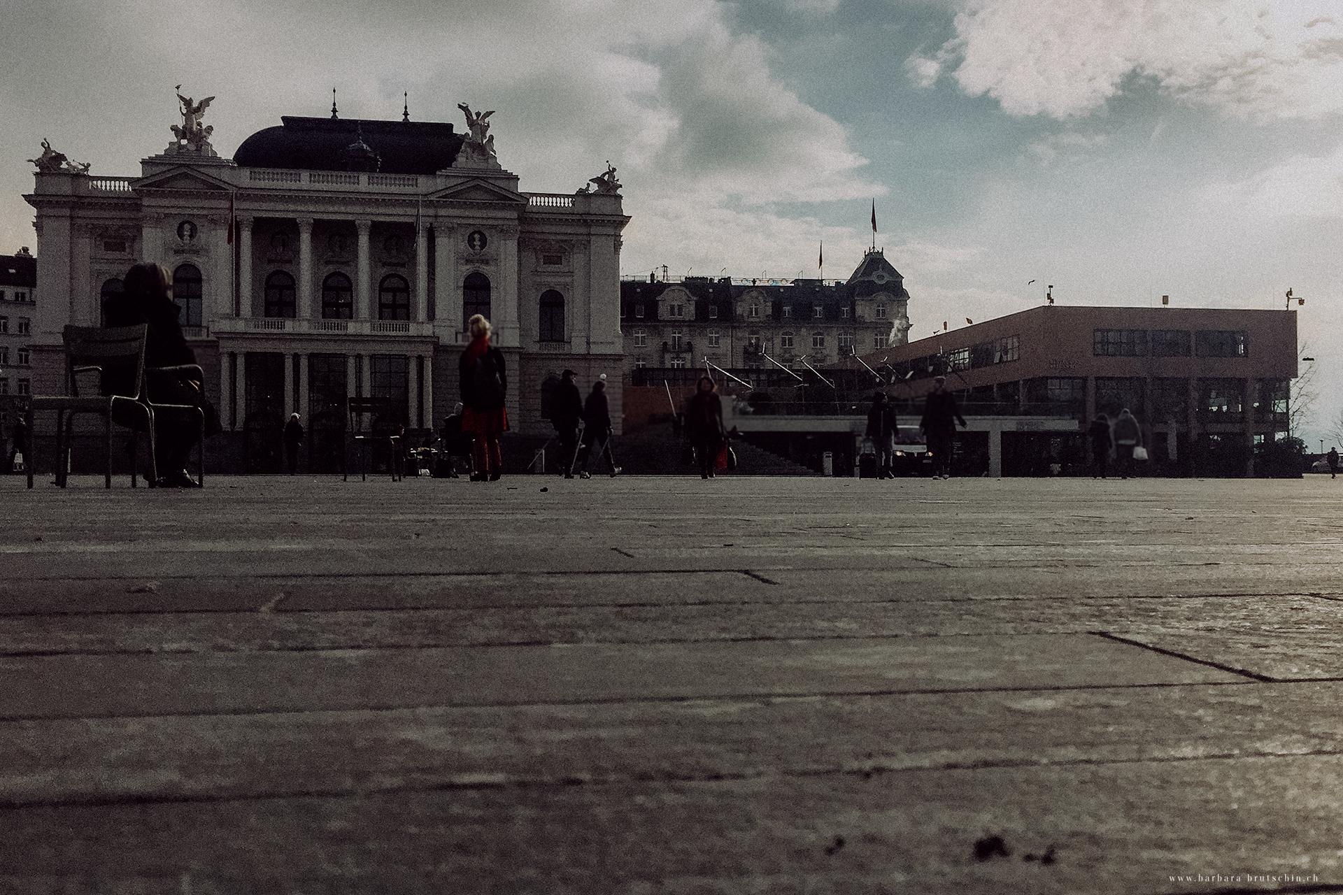 Ein langer Tag geht zu Ende   Zürich