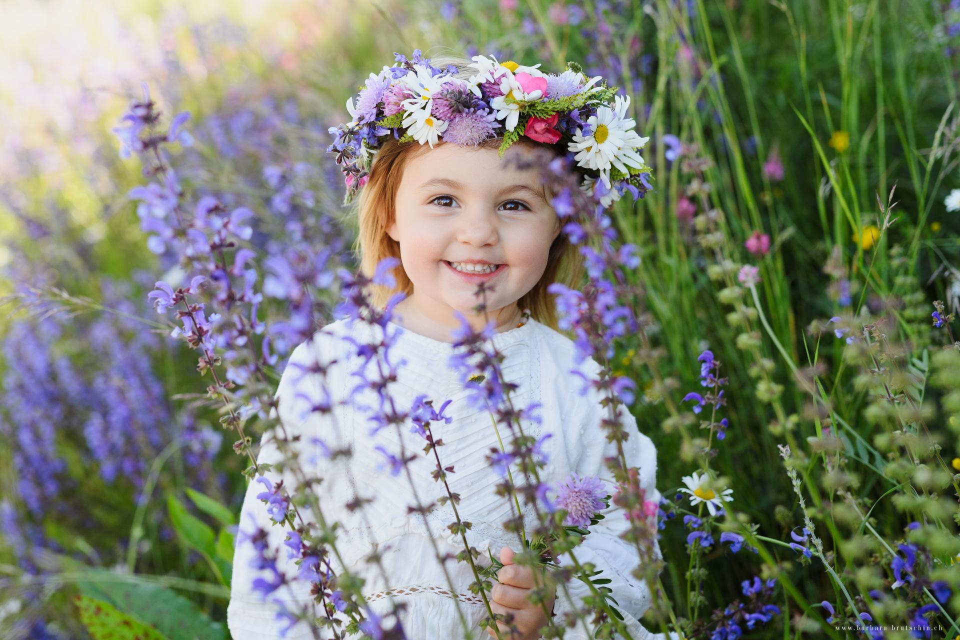 Blumenmädchen Kinderfotografie