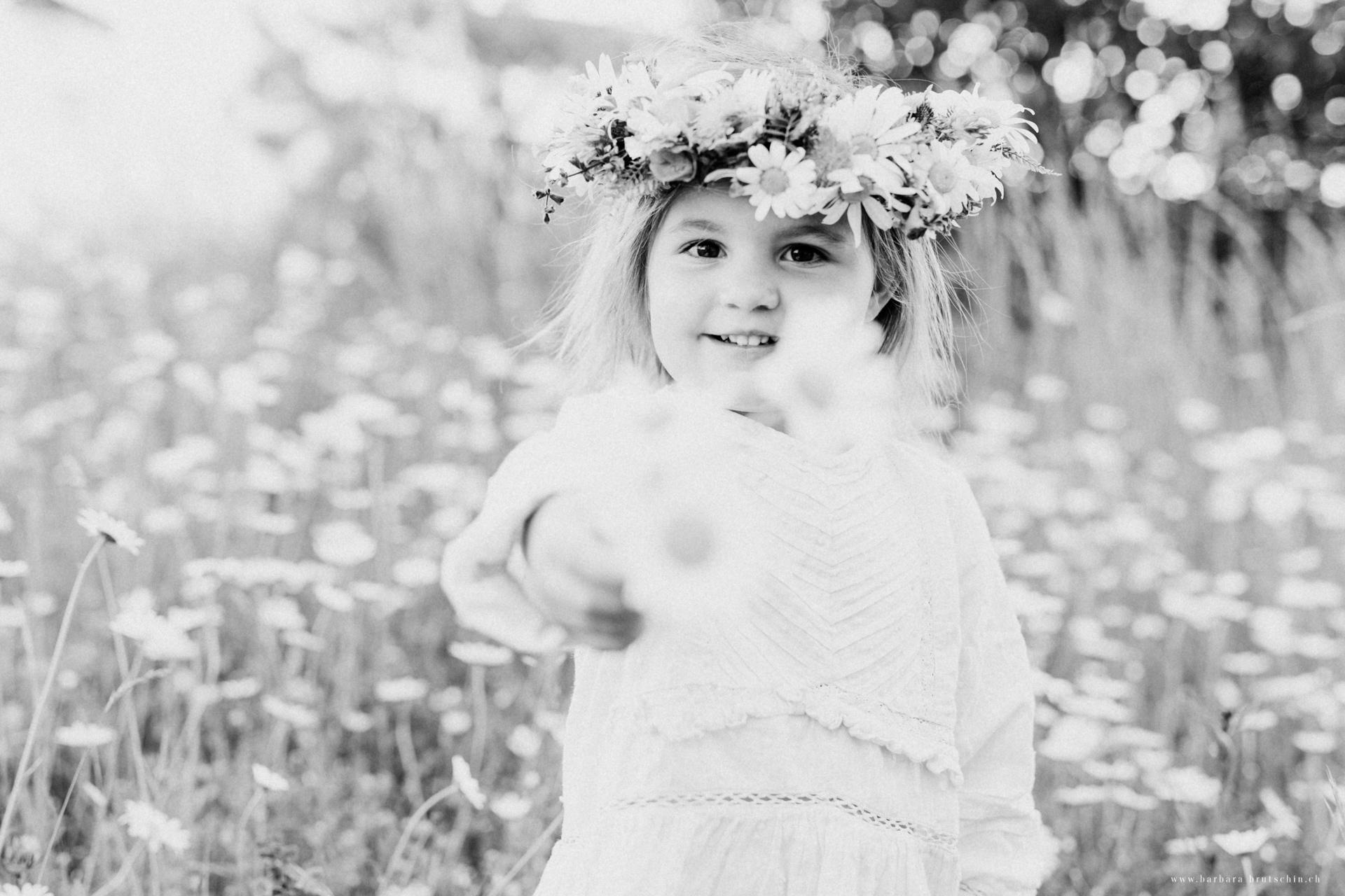 Blumenmädchen Kinderfotoshooting Region Sursee